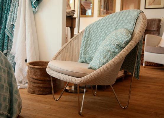Mobilier, fauteuils, canapés